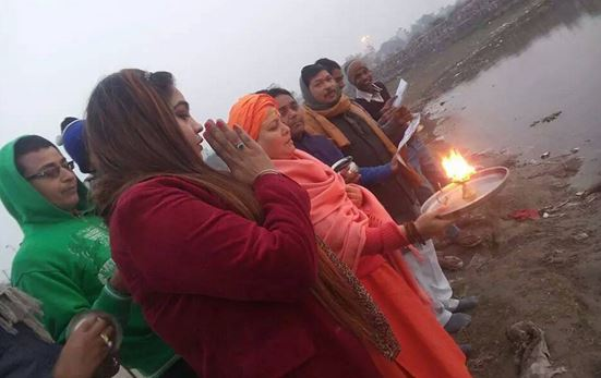 Yamuna Aarti in Sonia Vihar Dhai Pusta Park